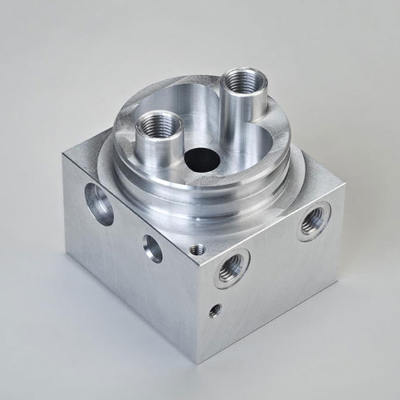 Horizontal Milling of a Pump Housing for the Automotive Industry